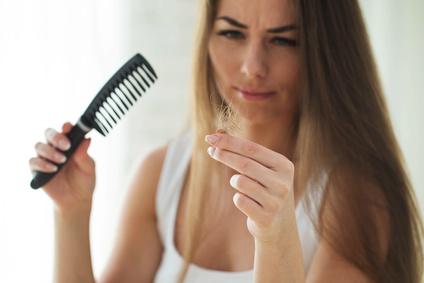 Haarausfall ist eine weitverbreitete Erkrankung