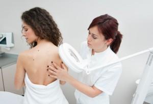 Vorsorgeuntersuchung beim Dermatologen