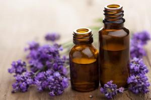 Der Facharzt für Dermatologie empfiehlt Produkte die keine reizenden Zusätze enthalten